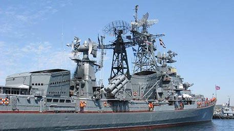 В лучших традициях российского флота: как ветеран «Сметливый» показал миру, кто в море хозяин