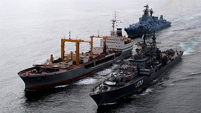 Корабли Северного флота не дали уйти подлодке «противника»