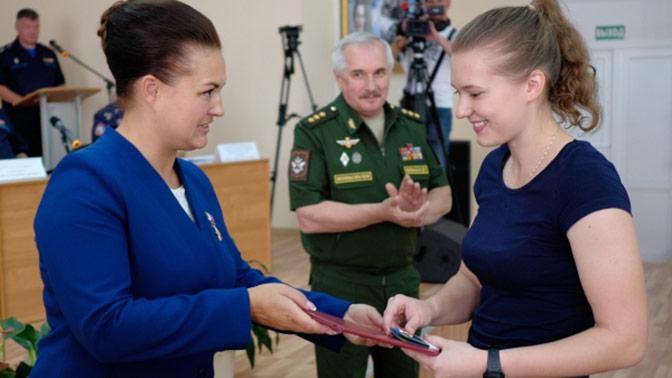 Шестнадцать будущих летчиц приняли присягу в Краснодарском авиационном училище