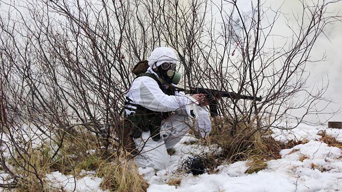 Морпехи отразили нападение условных террористов в условиях химической атаки