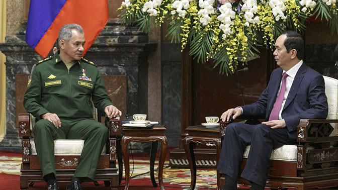 Шойгу: РФ готова поделиться сВьетнамом боевым опытом