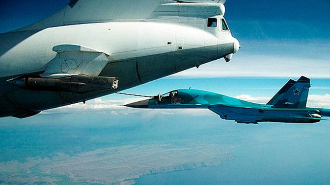 Дозаправка истребителей на экстремальной скорости в 600 км/ч: в Крыму прошли учения летчиков ЮВО