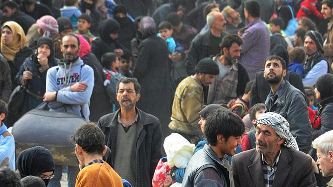 Неменее 153 тыс. человек покинули Восточную Гуту ссамого начала гуманитарных пауз