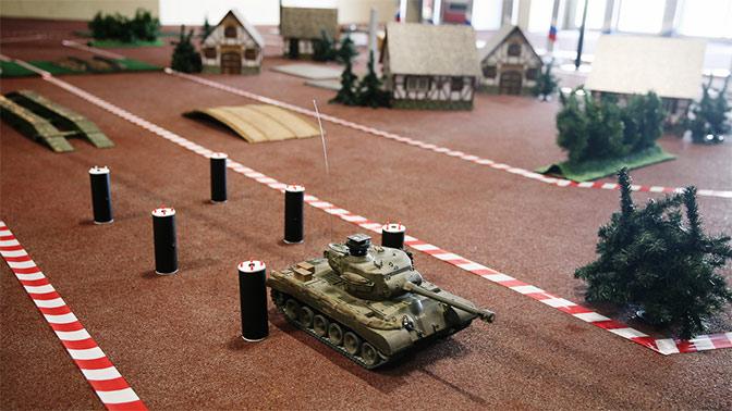 Юнармейцы сразились в виртуальный танковый бой