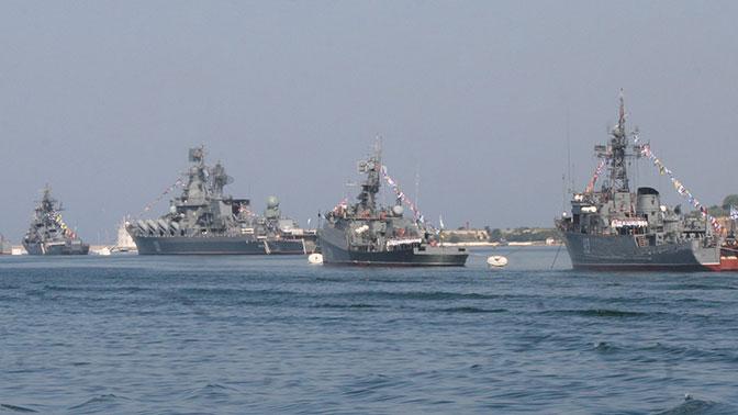 Флот должен работать: главком ВМФ РФ рассказал, сколько российских кораблей постоянно находится в море