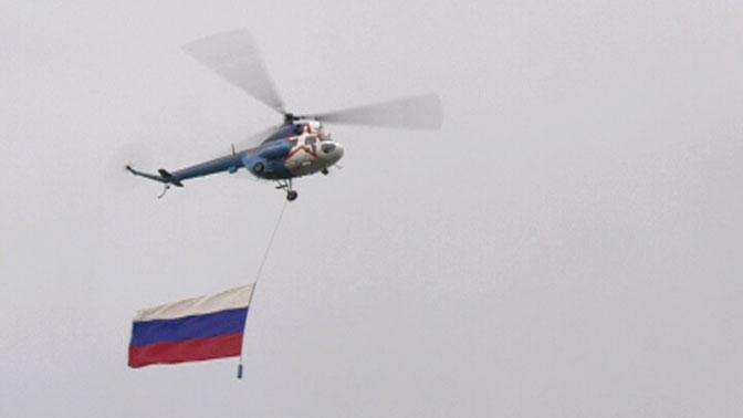 Легендарные вертолеты Ми-2 открыли ЧМ по плаванию среди военнослужащих