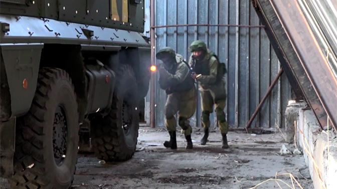 Численность военнослужащих по контракту в российской армии возросла более чем в два раза