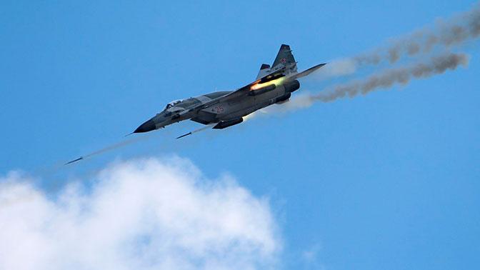 Истребители МиГ-29СМТ отработали перехват воздушных целей на юге России