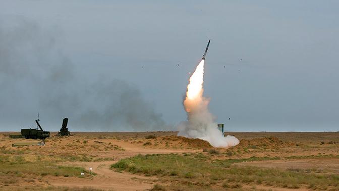 Расчеты С-400 «Триумф» уничтожили «вражеские» ракеты и самолеты под Астраханью