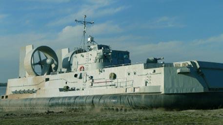 Бросок «Мурены»: десантные катера на воздушной подушке перебрасывают на Каспий