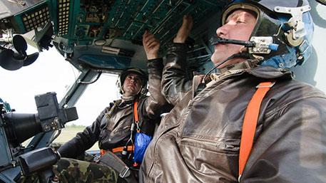 «Вулкан-ВКС»: огнеупорный бронекостюм защитит российских пилотов