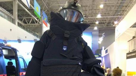 Новейший костюм для саперов представили на «Армии-2016»