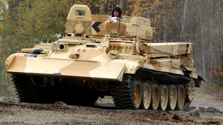 Спасти танк из-под огня: как работает эвакуатор бронетехники БРЭМ-1М