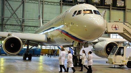 Российские космонавты получат отечественные самолеты Ту-204-300