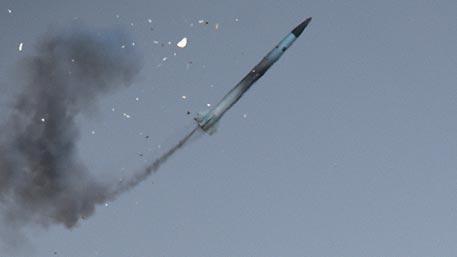 Россия разрабатывает гиперзвуковое оружие наравне с США – Рогозин