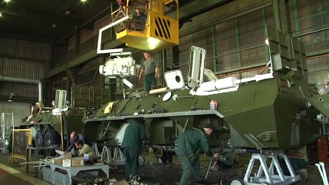 100 модернизированных БТР-82АМ поступят в армию в 2018 году