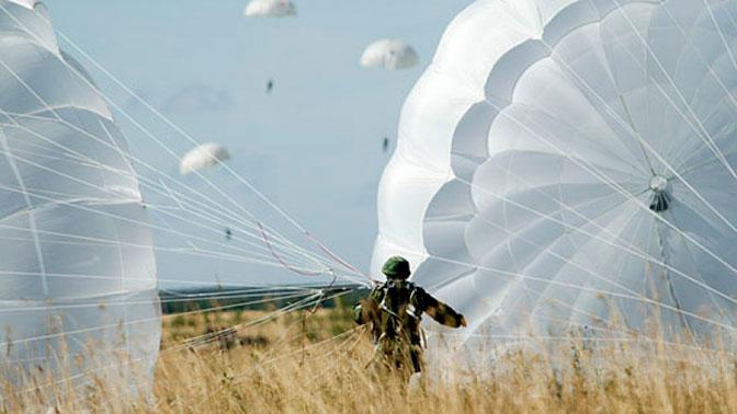«Крылатая гвардия»: в России модернизируют парашют Д-10