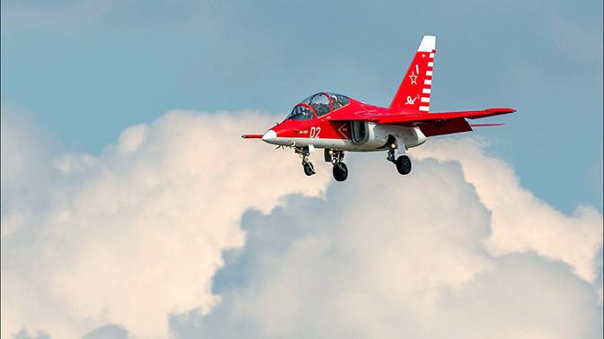 Россия представит на выставке в Малайзии самолеты Су-30МКМ и Як-130