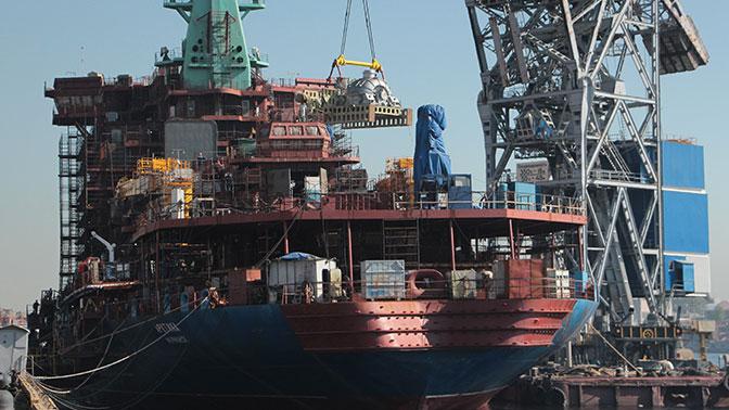 На новейший атомный ледокол «Арктика» загружен турбогенератор