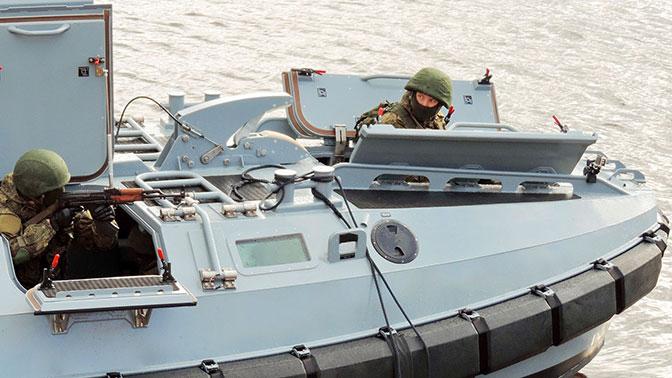 Гроза пиратов: под Кронштадтом испытали новейшую «морскую БМП»