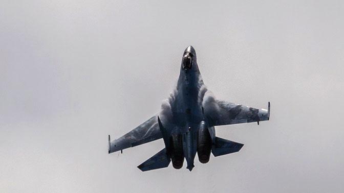 Стало известно, сколько новейших истребителей Су-35С поступило в войска