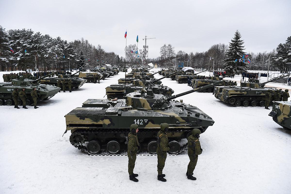 Псковские десантники получили новейшую бронетехнику