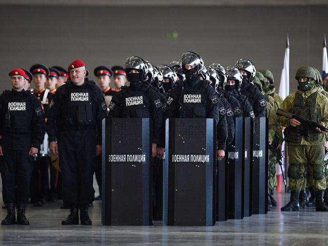 На страже порядка: лучшие военные полицейские соревнуются  в Подмосковье