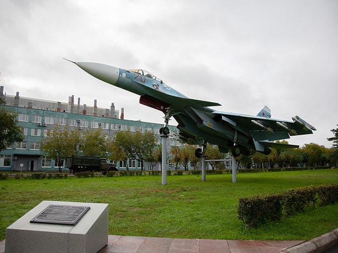 Новая эра в истории палубной авиации: в сентябре 1991 Тимур Апакидзе впервые посадил на «Адмирала Кузнецова» Су-27К
