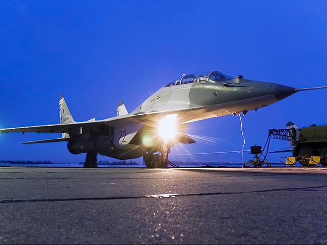 МиГ между прошлым и будущим: в октябре 1977 года состоялся первый полет легендарного истребителя