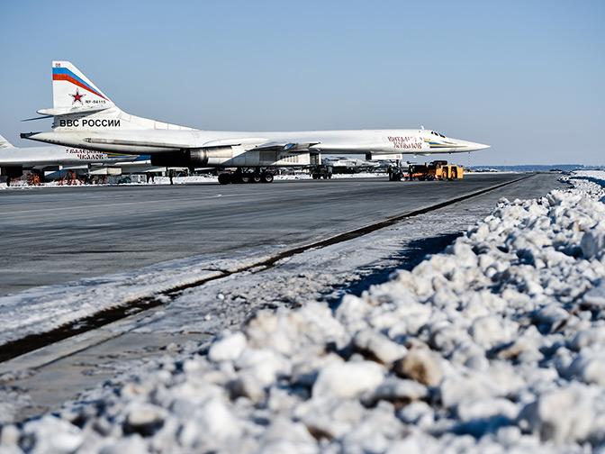 Вся земля под крылом: дальняя авиация РФ готовится отметить профессиональный праздник