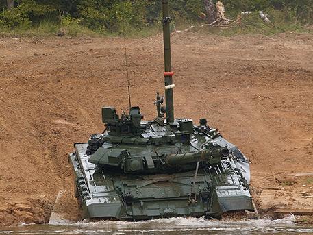 «Авангард», «Князь Владимир» и экзоскелет для саперов: какое вооружение поступит в войска в 2019 году