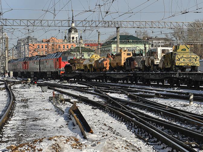 Самодельные тачанки, «джихад-мобили» и иностранные винтовки: поезд акции «Сирийский перелом» стартовал из Москвы