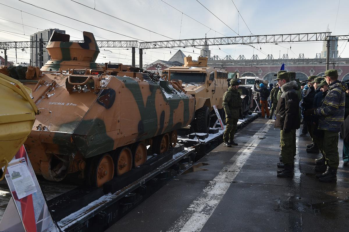 Самодельные тачанки, джихад-мобили и иностранные винтовки: поезд  акции «Сирийский перелом» стартовал из Москвы