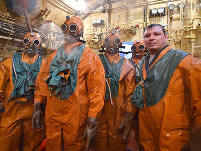 Устранение пробоины, маневрирование и заклинка рулей: как готовят экипажи российских атомных подлодок