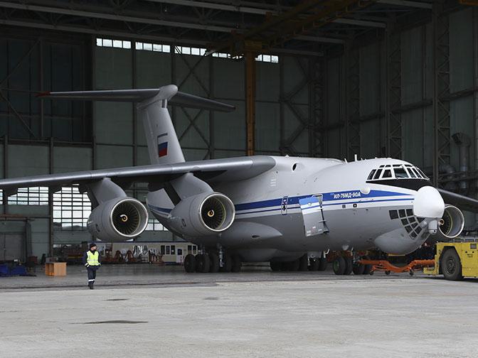 «Обновленный тяжеловес»: Ил-76МД-90А передан ВТА