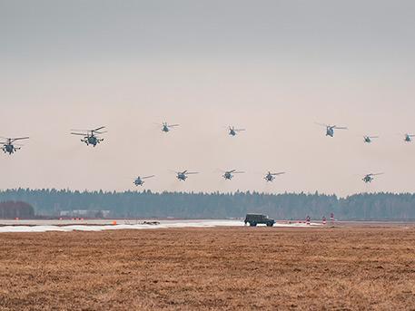 В небе над Алабино прошла первая репетиция воздушной части парада Победы