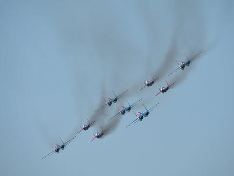 «Стрижи» прилетают: кадры репетиции воздушной части парада Победы в Алабино