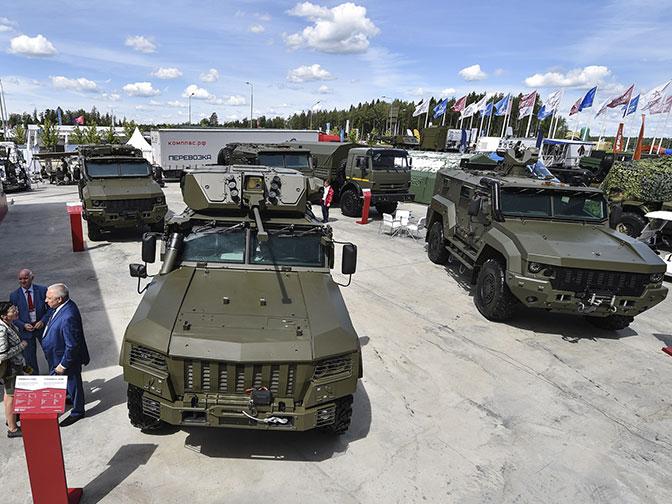 Брутальные броневики: самые защищенные машины на «Армии-2019»