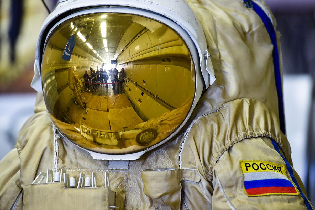 Новый скафандр для российских космонавтов