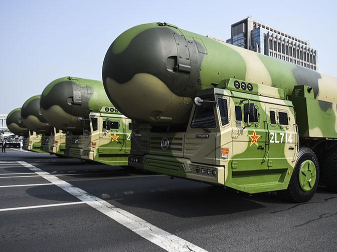 От танков до гиперзвуковых ракет: что представили на параде в КНР