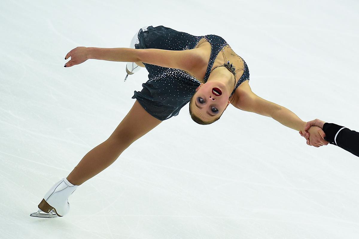 Позолоченный лед: лучшие кадры произвольной программы Гран-при по фигурному катанию