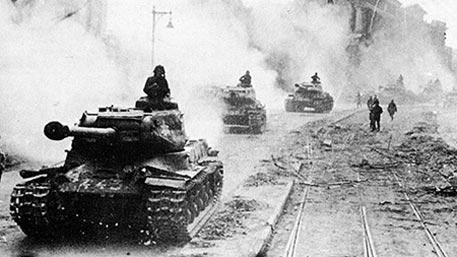 Искажение истории: почему Запад забыл, как СССР спас его в 1945-м