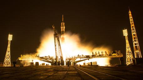 Ракеты Королева не по зубам Америке: как США инсценируют полеты в космос