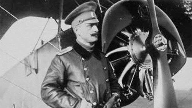 «Прорыв летной психологии»: эксперт рассказал о значении «петли Нестерова» в развитии боевой авиации