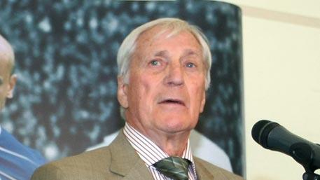 Скончался чемпион Европы по футболу Виктор Царев