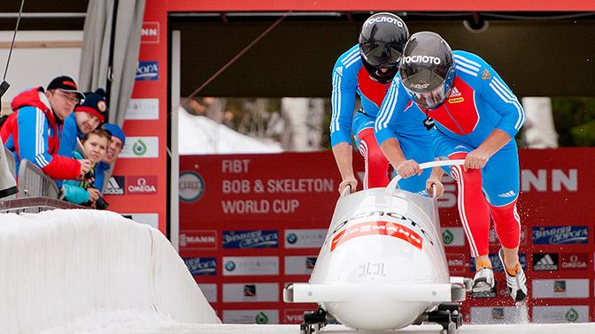 Федерация керлинга РФ неразрабатывала дизайн олимпийской формы для собственных спортсменов