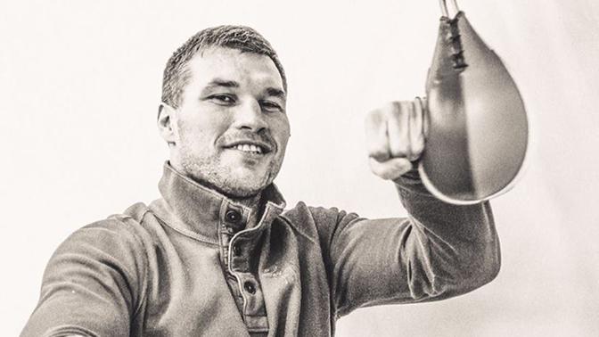 Прежний чемпион мира WBC, завершил спортивную карьеру