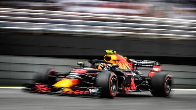 Пилоты «Формулы-1» устроили потасовку после финиша