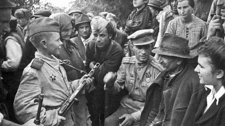 В одиночку на батальон фашистов: четыре подвига неизвестных пионеров-героев
