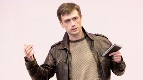 Беглый актер-националист призвал к терактам в России